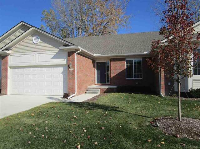 47400 Mariners, Chesterfield Twp, MI 48051 (MLS #58050031871) :: The Toth Team