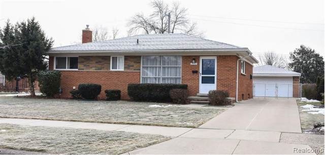 31113 Dorais Street, Livonia, MI 48154 (#2210001881) :: Novak & Associates