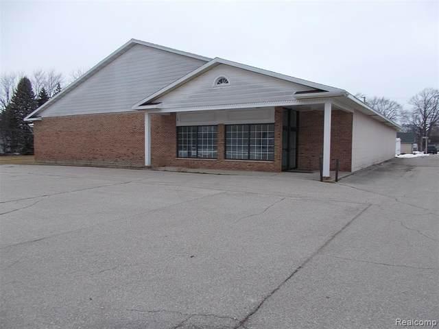 4278 Beach Street, Akron Twp, MI 48701 (#2210002291) :: The Mulvihill Group