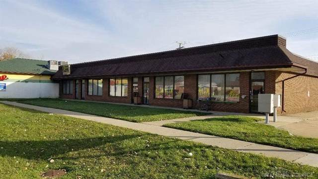 17900 Thirteen Mile Rd, Roseville, MI 48066 (#58050032078) :: The Alex Nugent Team | Real Estate One