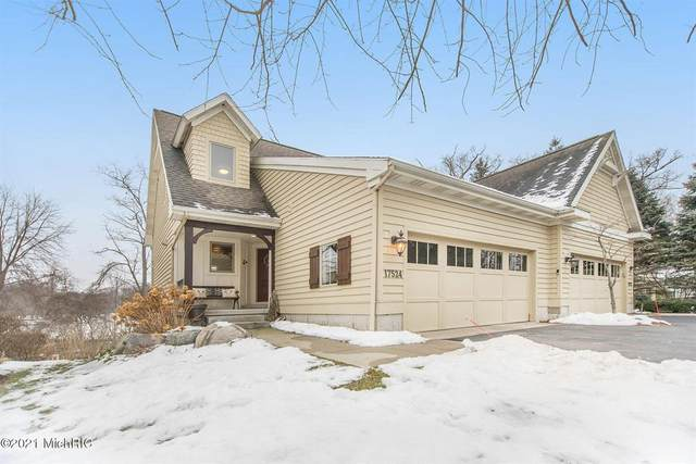 17524 N Fruitport Road, Spring Lake Twp, MI 49456 (#71021001125) :: The Mulvihill Group