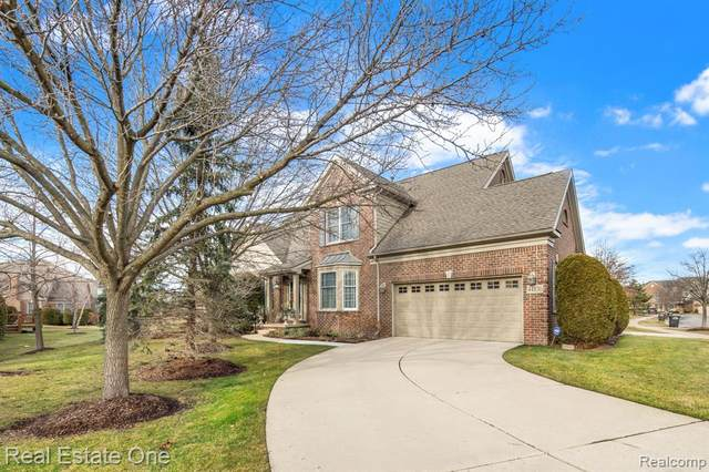 44830 Broadmoor Circle S, Northville Twp, MI 48168 (MLS #2210002824) :: The John Wentworth Group