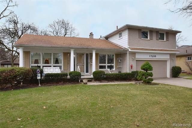 17235 Shervilla Pl, Southfield, MI 48075 (#2210003010) :: BestMichiganHouses.com