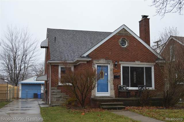 20696 Lochmoor, Harper Woods, MI 48225 (#2210003168) :: RE/MAX Nexus