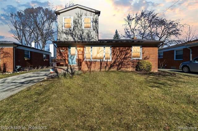 1513 E Windemere Avenue, Royal Oak, MI 48073 (MLS #2210003275) :: The John Wentworth Group