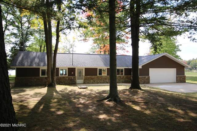 6126 Northpoint Drive, Richfield Twp, MI 48656 (#72021001402) :: The Alex Nugent Team | Real Estate One