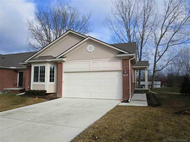 47396 Mariners, Chesterfield Twp, MI 48051 (#58050032359) :: The Alex Nugent Team | Real Estate One