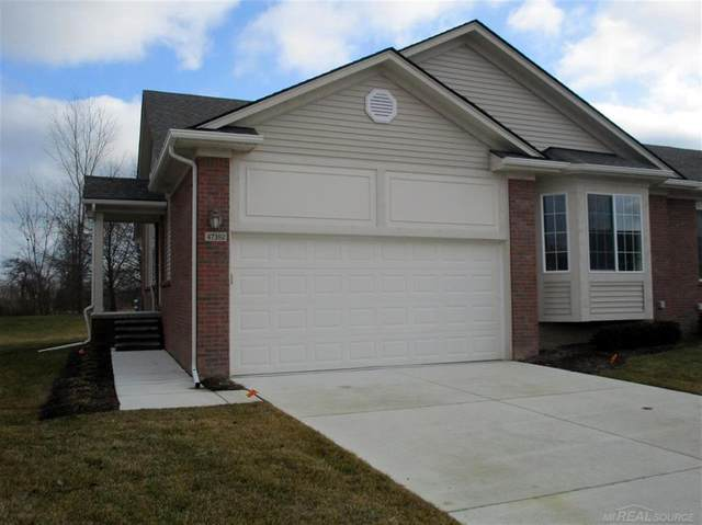 47392 Mariners, Chesterfield Twp, MI 48051 (MLS #58050032362) :: The Toth Team