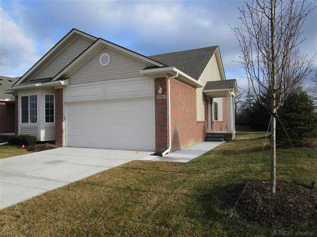 47380 Mariners, Chesterfield Twp, MI 48051 (MLS #58050032363) :: The Toth Team