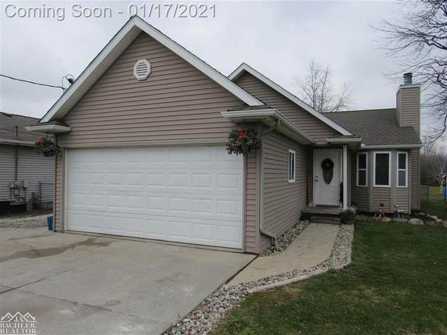1372 Chartier, Cottrellville Twp, MI 48039 (MLS #58050032364) :: The Toth Team