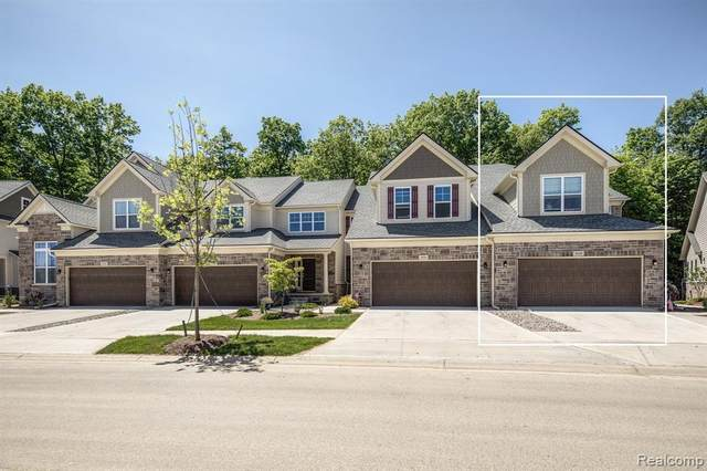 2704 S Spurway Drive #129, Ann Arbor, MI 48105 (#2210003813) :: The Alex Nugent Team | Real Estate One