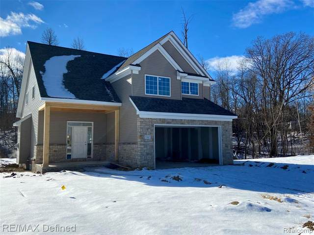 5367 Pebble Beach Drive, Metamora Twp, MI 48455 (#2210003831) :: The Mulvihill Group