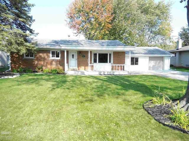 48140 Fuller Rd., Chesterfield Twp, MI 48051 (MLS #58050032451) :: The Toth Team