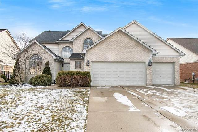 16244 Sassafras Lane, Macomb Twp, MI 48044 (MLS #2210004155) :: The John Wentworth Group