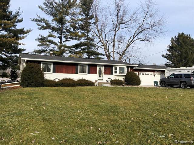 1320 W Cohoctah, Cohoctah Twp, MI 48816 (#2210004464) :: The Mulvihill Group