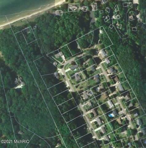 1991 Shorewood Drive, Norton Shores, MI 49441 (#71021001986) :: Robert E Smith Realty