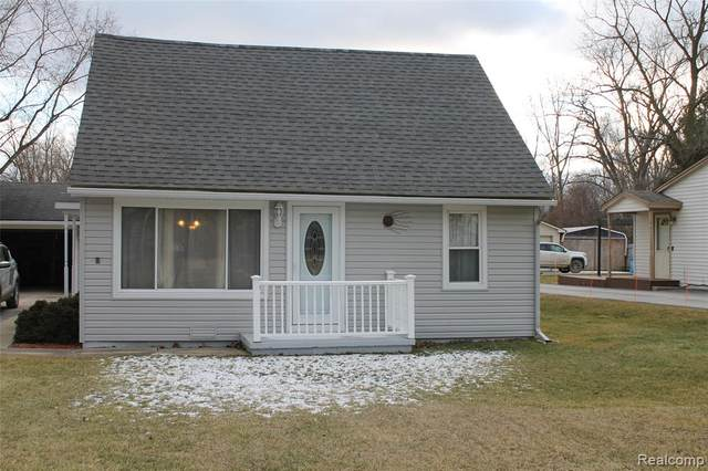 28959 Grix Road, Huron Twp, MI 48164 (#2210004689) :: Robert E Smith Realty