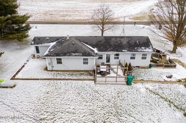 53240 Hemlock Lake Road, Marcellus Twp, MI 49067 (#69021002052) :: The Alex Nugent Team | Real Estate One