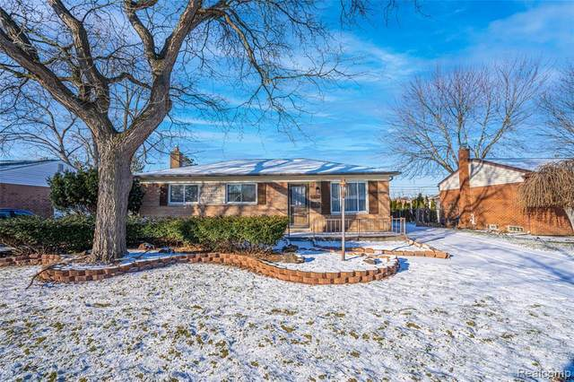 37159 Barrington Drive, Sterling Heights, MI 48312 (MLS #2210004765) :: The John Wentworth Group