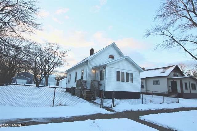 389 Merrill Avenue, Muskegon, MI 49441 (#71021002138) :: The Alex Nugent Team | Real Estate One