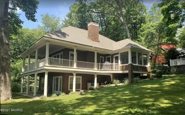 407 Beech Street, South Haven, MI 49090 (#71021002142) :: The Mulvihill Group