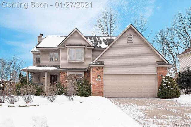 1058 Long Leaf Court, Brighton, MI 48116 (MLS #2210004871) :: The John Wentworth Group