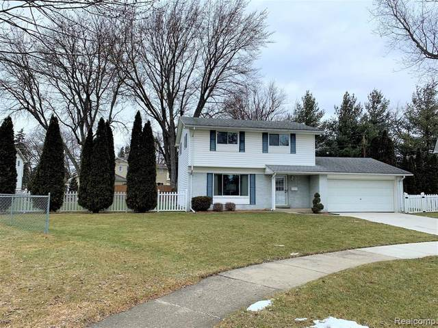 40480 Diane Drive, Sterling Heights, MI 48313 (MLS #2210004876) :: The John Wentworth Group