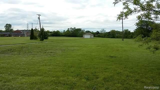 000 Van Horn Road, Trenton, MI 48183 (#2210004928) :: BestMichiganHouses.com