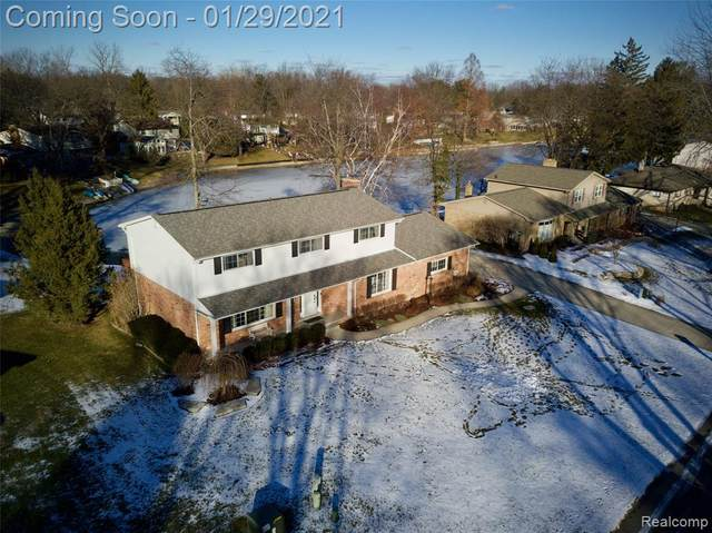 6649 Yarborough Drive, Shelby Twp, MI 48316 (#2210005242) :: The Alex Nugent Team   Real Estate One