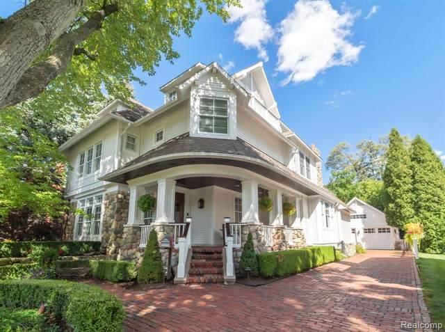 945 Henrietta Street, Birmingham, MI 48009 (#2210005268) :: The Alex Nugent Team | Real Estate One