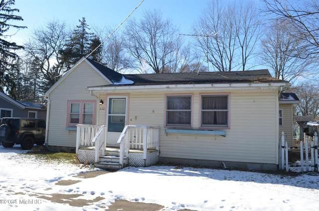 630 Elm Street, Colon Vlg, MI 49040 (#68021002420) :: Real Estate For A CAUSE