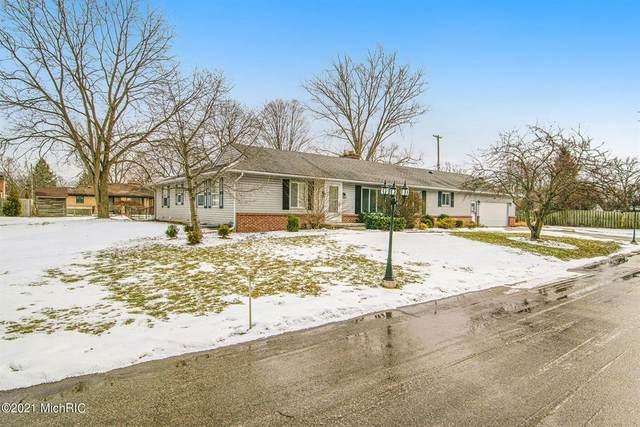 420 Baltimore Drive NE, Grand Rapids, MI 49503 (#65021002442) :: Robert E Smith Realty