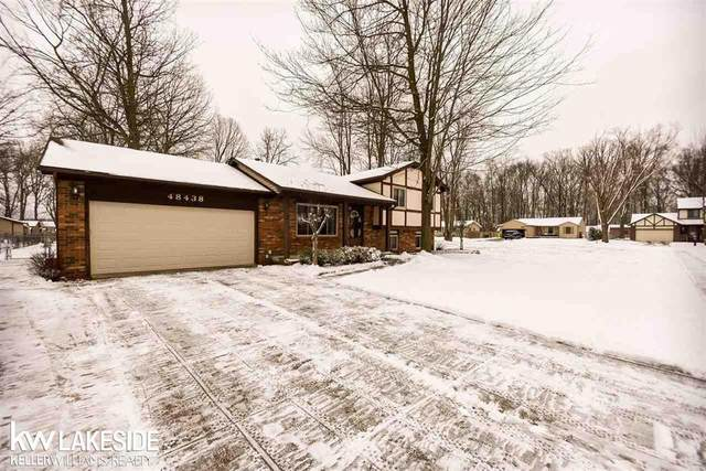 48438 Kelly Lea Lane, Chesterfield Twp, MI 48051 (#58050033136) :: The Alex Nugent Team | Real Estate One