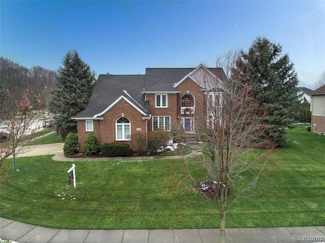 23937 Wintergreen Circle, Novi, MI 48374 (#2210005949) :: Keller Williams West Bloomfield