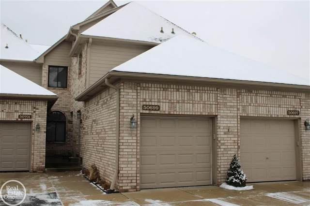 50699 Harbour View Dr. N, New Baltimore, MI 48047 (MLS #58050033196) :: The John Wentworth Group