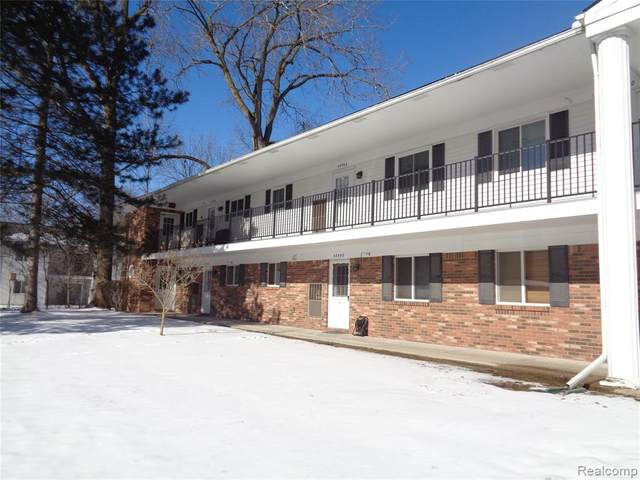 42596 Plymouth Hollow Drive, Plymouth Twp, MI 48170 (#2210006313) :: The Merrie Johnson Team