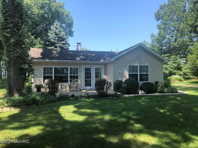 60286 Walnut Drive, Keeler Twp, MI 49045 (#69021002879) :: GK Real Estate Team