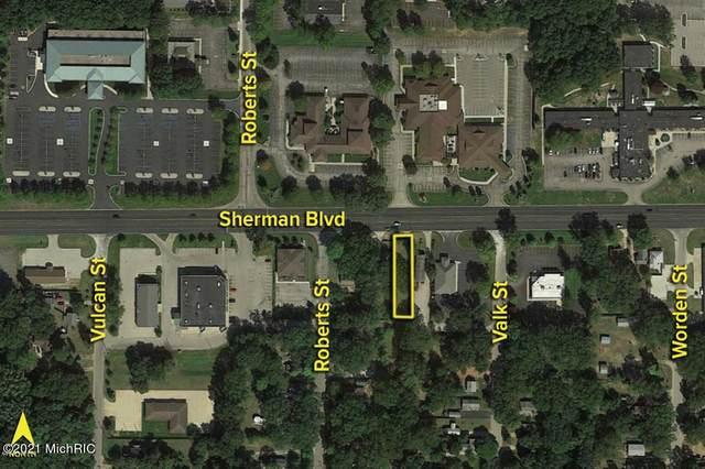 1263 E Sherman Boulevard, Norton Shores, MI 49444 (#71021002905) :: GK Real Estate Team