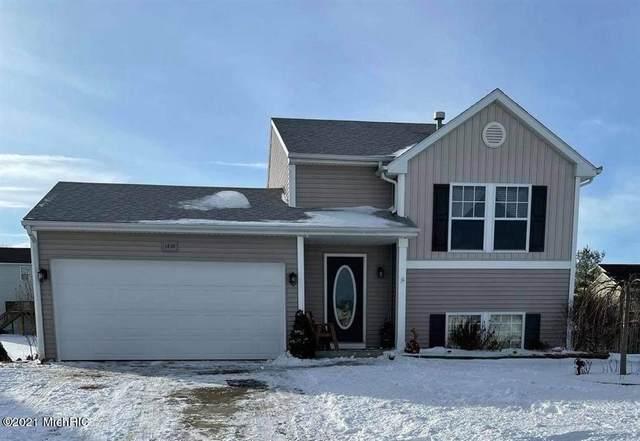 1636 S Park Drive SE, Gaines Twp, MI 49316 (#72021003095) :: The Alex Nugent Team | Real Estate One