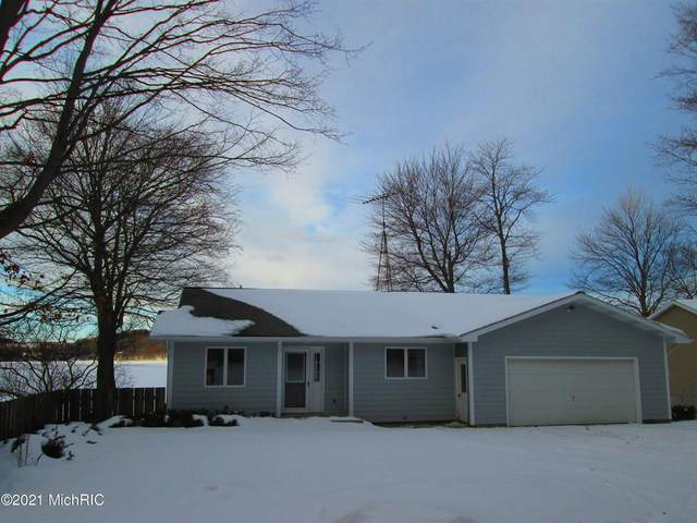 3972 W Orchard Drive, Hart Twp, MI 49420 (#67021003236) :: GK Real Estate Team
