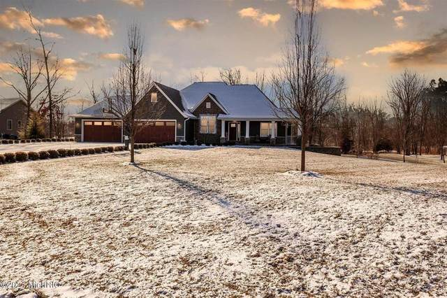 668 Woodchuck Dr, Coldwater Twp, MI 49036 (#62021003261) :: The BK Agency