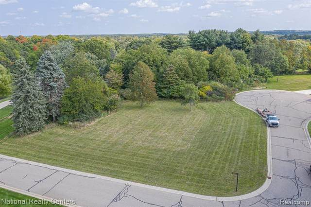 000 N Perthshire, Highland Twp, MI 48357 (#2210007269) :: The Alex Nugent Team | Real Estate One