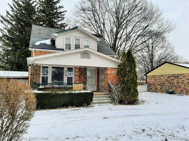 45866 Gable Inn Street, Shelby Twp, MI 48317 (#2210007505) :: The BK Agency