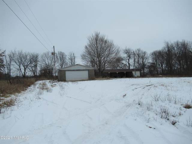 4 Smith Lane, Calvin Twp, MI 49031 (#69021003447) :: GK Real Estate Team