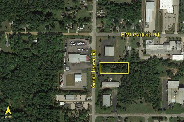 5862 Grand Haven Road, Norton Shores, MI 49441 (#71021003456) :: GK Real Estate Team