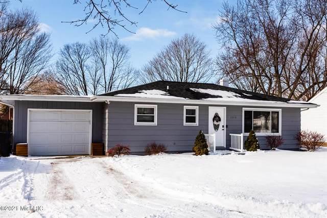 2370 Virginia Road, BENTON TWP, MI 49022 (#69021003835) :: The Alex Nugent Team | Real Estate One