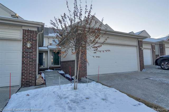 2526 Boulder Ln Lane #17, Auburn Hills, MI 48326 (#2210008384) :: GK Real Estate Team