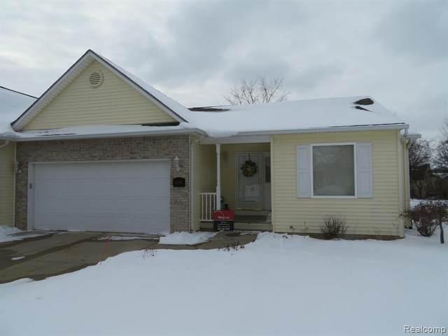 4306 Maya Lane, Swartz Creek, MI 48473 (#2210008639) :: Real Estate For A CAUSE