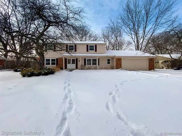 7342 Edinborough Drive, West Bloomfield Twp, MI 48322 (#2210008840) :: Duneske Real Estate Advisors