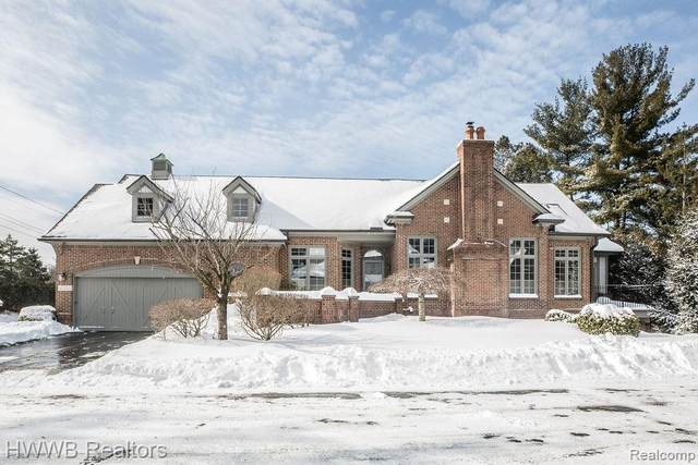 4051 Cranbrook Court, Bloomfield Twp, MI 48301 (#2210009152) :: Duneske Real Estate Advisors
